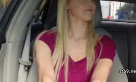 Euro hitchhiker loter just a small strapon fucking her girl