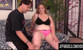 Fat ginger lady with glasses, Hannah Hays got filled up with two rock hard cocks in no time